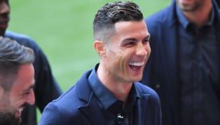 Siêu sao Cristiano Ronaldo lên tiếng chia sẻ về kì chuyển nhượng mùa hè 2019, anh khẳng định rằng rất nhiều tân binh đắt giá không thể hiện được bản thân. Kì...