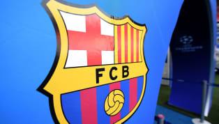  Le XI lyonnais pour #OLFCB 🔴🔵 pic.twitter.com/JaBqgNYGXl — Olympique Lyonnais (@OL) 19 de febrero de 2019  🔵🔴 Barça XI#OLBarça pic.twitter.com/24gwVhULwG...