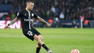 Alors que des rumeurs annonçaient ces dernières semaines la prolongation de Dani Alves avec le PSG, il semblerait que les choses ne se passent pas...