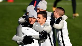 Alors qu'Hatem Ben Arfa n'a pas toujours fait l'unanimité au Paris Saint-Germain,Thiago Silva a raconté un beau moment de vestiaire vécu pour son...