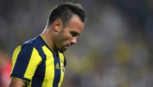 Fenerbahçe'nin sezon başında sözleşmesini yenilemediği Mathieu Valbuena, Olympiakos'ta adeta döktürüyor. Fenerbahçe'de Valbuena şaşkınlığı!...