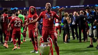 Vô địch cùng Liverpool, Daniel Sturridge làm nên lịch sử khi trở thành cầu thủ quốc tịch Anh thứ hai vô địch cup Châu Âu với hai đội bóng Anh khác nhau dù...