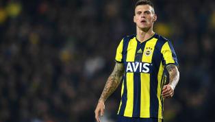 İspanya basınında devre arasında kadrosuna tecrübeli bir stoper katmak isteyenBarcelona'nın Fenerbahçe'nin Slovak stoperi Martin Skrtel ve Zenit'den...