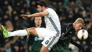 Transferin en hareketli takımlarından biri olan Fenerbahçe'de sıcak saatler yaşanıyor... Spor Toto Süper Lig'de transfer sezonunun açılmasıyla birlikte...