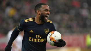 C'est une information venue d'Angleterre. Selon le média anglais The Times, Arsenal pourrait pousser l'attaquant français Alexandre Lacazettevers la sortie...