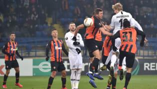 Eintracht Frankfurt ist am Donnerstagabend mit einem 2:2-Unentschieden in die K.o.-Phase der Europa League gestartet. Bei Schachtar Donezk reichte den...