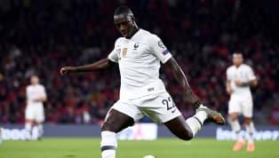 En pleinepolémique extra-sportive, l'équipe de france jouait son dernier match de qualification pour l'euro 2020 en Albanie. Déjà qualifiée depuis le match...