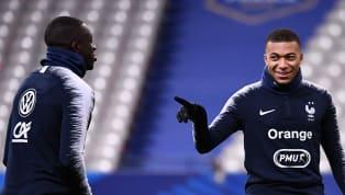 Malgré ses 21 ans seulement, Kylian Mbappé a déjà pu côtoyer de nombreux joueurs, depuis le début de sa carrière. Que ce soit à l'AS Monaco, au Paris...