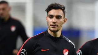 Am Freitag setzte sich die Türkeibeim EM-Qualispiel gegen Albanien mit 1:0 durch. Nach dem Siegtreffer reihten sich dabei die türkischen Nationalspieler...