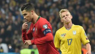 Cristiano Ronaldo đã chính thức cán cột mốc 700 bàn thắng trong sự nghiệp trong ngày mà đội tuyển Bồ Đào Nha của anh không thể vượt qua được đối thủUkraine...