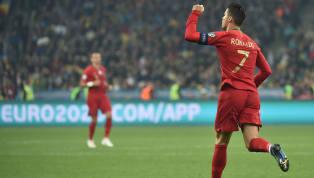 Cristiano Ronaldo entre un peu plus dans l'Histoire de son sport. Malgré la défaite du Portugal face à l'Ukraine comptant pour les éliminatoires pour l'Euro...