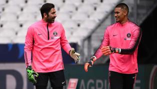 Se partageant les buts du Paris Saint-Germain tout au long de la saison, Gianluigi Buffon et Alphonse Areola effectuaient une rotation tous les deux voire...