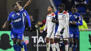 Malgré une domination outrageuse, l'OLse fait sortir de la Coupe de la Ligue par une équipe strasbourgeoise ultra-réaliste devant le but et solide...
