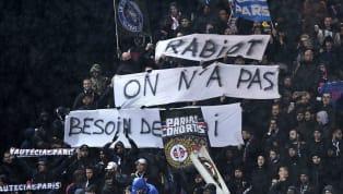 Toujours sur la touche à Paris, l'avenir d'Adrien Rabiot s'écrit désormais loin de la capitale alors que le milieu de terrain parisien aurait donné sa...