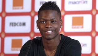 Beşiktaş'ın, kış transfer döneminde Hollanda ekibi PSV Eindhoven'dan kadrosuna kattığı Fransız savunma oyuncusu Nicolas Isimat-Mirin baba oldu. Kız çocuğu...
