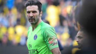 Gianluigi Buffon đã chính thức nói lời chia tay Paris Saint-Germain sau đúng một mùa bóng đầu quân. Xem thêm tin chuyển nhượng tại đây Thủ thành huyền thoại...