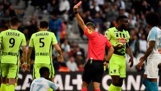 L'Olympique de Marseillese saborde tout seul... Après avoir mené tranquillement Angers avec un doublé de Mario Balotelli, les errances défensives de...