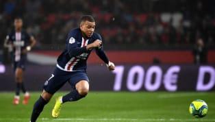 Tờ báo Pháp Le Figaro mới đây đã cho ra danh sách 10 cầu thủ chạy nhanh nhất thế giới với Mbappe, Mohamed Salah đều góp mặt. Kylian Mbappebỏ xa hai ngôi...