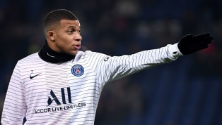 Potensi tinggi yang ditunjukkan oleh Kylian Mbappe dengan Paris Saint-Germain dalam beberapa tahun terakhir membuatnya mendapatkan sorotan tinggi. Mbappe...