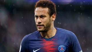 El futbolista del PSG volvió a hacer gala de su repertorio de trucos y se deshizo de dos rivales con un genial regate que ya ha dado la vuelta al mundo....
