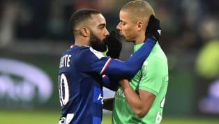"""Saint-Etienne et Lyon vont se disputer ce dimanche un nouveau derby. Pour l'occasion, nous avons composé le """"onze légendaire"""" des deux clubs combinés. En ne..."""