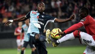 Après la venue de Karl Toko-Ekambi, l'Olympique Lyonnais a réussi à finaliser le recrutement de Tino Kadewere. Les dirigeants rhodaniens ont dû dépenser près...