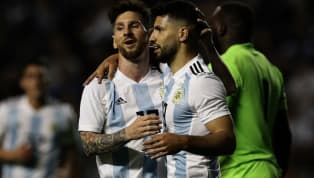 El fútbol es un deporte de equipo. Una plantilla la conforman 25 jugadores en la que hay distintas relaciones entre todos sus componentes, y una de ellas es...