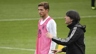 Niklas Stark muss weiter auf sein Debüt in der deutschen A-Nationalmannschaft warten. DerHertha-Verteidiger hatte gute Chancen, in der EM-Quali am Sonntag...