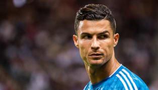 Cristiano Ronaldo dà forfait. Dopo il tecnicoSarri, alle prese con l'influenza, anche il numero 7 dellaJuventusnon farà parte dell'amichevole in famiglia...