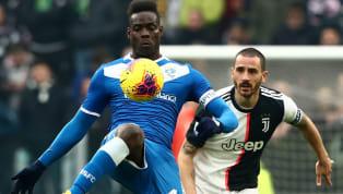 """Mario Balotelli, attaccante del Brescia, nel corso di una diretta Instagram con Fabio Cannavaro, ha rivelato: """"Il alNapoli?Ci ho provato, starei..."""