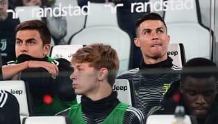 Có dấu hiệu cho thấy Paulo Dybala không mấy vui vẻ ở Juventus khi tiền đạo người Argentina mới đây có động thái nhấn nút 'thích' một status trên twitter so...