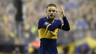 Llegó desde Peñarol como un desconocido y no tardó en ganarse a la hinchada gracias a su juego aguerrido. En sus dos años en el club fue campeón de la...