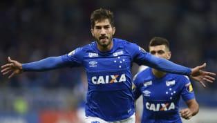 El centrocampista llegó al club blanco en invierno de 2015, pero su participación con el equipo fue tan breve como fructífera. El brasileño se convirtió en...