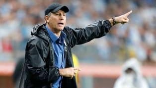 Na última quinta-feira (10), a eterna 'dança das cadeiras' que norteia o futebol brasileiro fez mais uma vítima:Odair Hellmann, demitido do Internacional...
