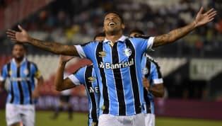 Com futuro indefinido no Grêmio, o atacante André de 29 anos já recebe as primeiras sondagens e aquece as especulações no mercado brasileiro. A seguir,...