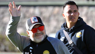 Diego Maradona es furor enMéxico.Cada vez que juega Dorados, hay que estar atentos al histórico 10, ya que no nos deja de sorprender. Esta vez, el show...