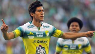 Hoy por hoy el nombre de José Juan Macías está en boca de todos los fanáticos no sólo delLeón, sino de la selección mexicana, quienes ven en él a quien...