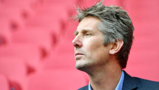Edwin van der Sar has put to bed rumours linking him with a move to Manchester United as their new director of football by insisting he wishes to remain with...