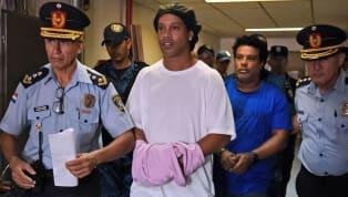 Bildiğiniz gibi dünyaca ünlü eski futbolcu Ronaldinho, Paraguay'da hapiste. Evden çıkmanın riskli olduğu bugünlerde futbolla ilgili olan herkese Netflix'ten...