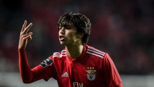 Benfica mới đây đã đóng sầm cánh cửa chiêu mộ tài năng trẻ Joao Felix mặc cho Manchester United và Juventus đã bày tỏ sự quan tâm đặc biệt và sẵn sàng chi đậm...
