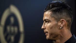 D'après Marca,Cristiano Ronaldo a refusé de porter sur le terrain son badge après avoir été désigné meilleur joueur de la Serie A la saison passée. Qui a...
