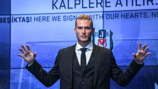 Es könnten schwere Zeiten werden für Loris Karius in Istanbul. Nicht, weil der deutsche Keeper von seinem Trainer öffentlich angezählt wurde. Sondern, weil er...