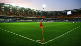 UEFA Şampiyonlar Ligi 3. ön eleme turu ilk maçında temsilcimiz Medipol Başakşehir, Yunanistan ekibi Olympiakos ile kozlarını paylaşacak. Saat 20:45'te...