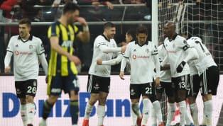 Beşiktaş, 2019-20 sezonunda giyeceği formaların tanıtımını dün akşam saatlerinde yaptı.Beyaz, siyah ve lila renkli tasarımların beğenildiğini...