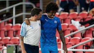 Après avoir déjà perdu Florian Thauvin, c'est un deuxième cadre de l'équipe qui vient de rejoindre l'infirmerie en la personne de Luiz Gustavo, touché face à...