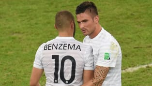Très présent sur les réseaux sociaux depuis le début du confinement, Karim Benzema a de nouveau fait exploser la toile, dimanche soir, avec un nouveau live...