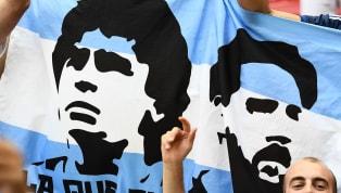 Schon seit längerem wird es in Fußball-Kreisen diskutiert: Wer ist/war besser - Lionel Messi oder Diego Armando Maradona? Auffällig dabei: Die, die mit dem...
