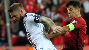 A Milli Takımımız'ın deneyimli orta saha oyuncusu Emre Belözoğlu, Arnavutluk maçı öncesinde düzenlenen basın toplantısında açıklamalarda bulundu. DHA'da yer...