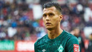 Werder Unsere Startelf für #svwfcu. 💪 ⏳ #Kapino, #Pizarro, #Veljkovic, #Sahin, #Sargent, #Bartels, J. #Eggestein, #Groß, #Goller ⏰ 15.30 Uhr 👔...
