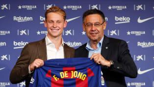 El equipo que más dinero ha gastado en los últimos años es el Barcelona , aunque también hay que decir que ha ingresado más de 600 millones. Griezmann,...